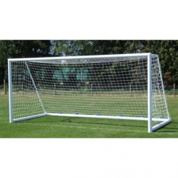 Сетка футбол Д=3,5мм, яч.100*100, цв.белый. Размер 2.5*7.5*2.0м. ПА