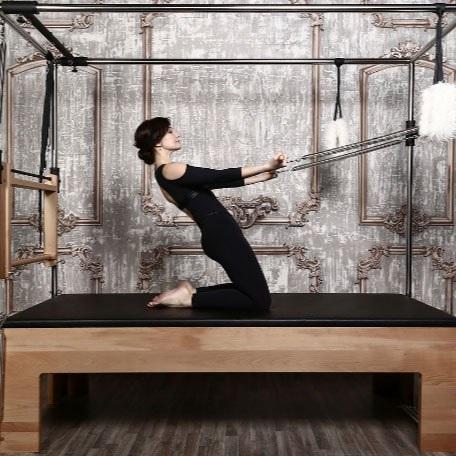 Стол трапеция Кадиллак Pilates Plus