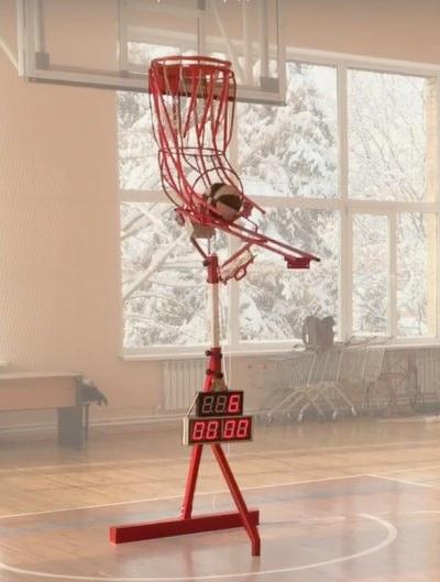 Тренажер для отработки бросков в баскетболе