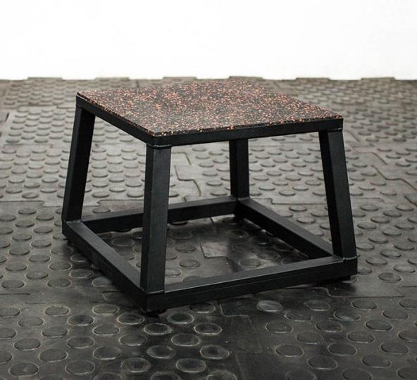 Тумба для запрыгивания Плиобокс 31 см, пирамида ST-1